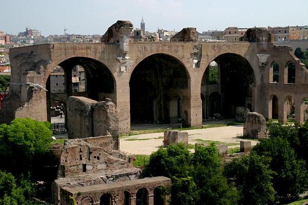 базилика максенция Базилика Максенция и Константина (Basilica di Massenzio ...